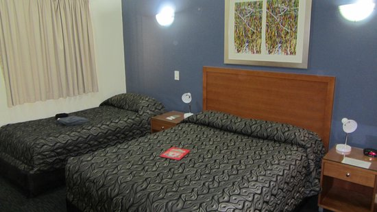 Mercure Darwin Airport Resort: room