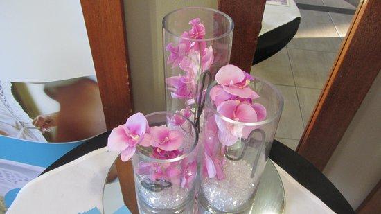 Mercure Darwin Airport Resort: nice flowers
