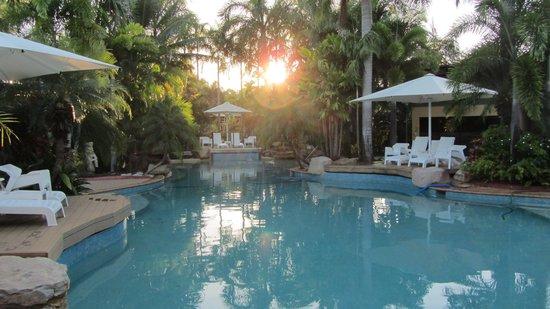 Mercure Darwin Airport Resort : sunshine pool