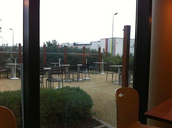 Campanile Carcassonne Est - La Cite : Bufe
