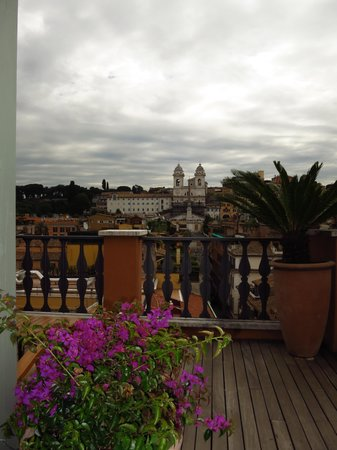 Portrait Roma: Rooftop View