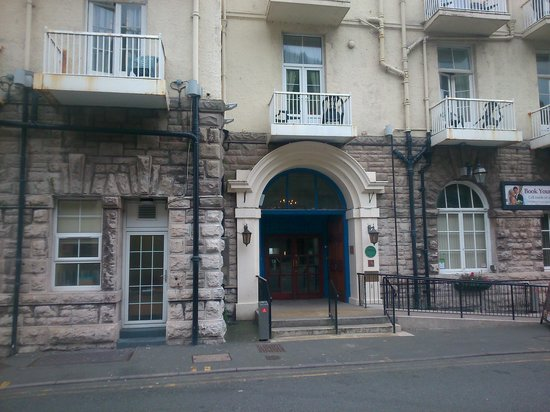 The Grand Hotel - Llandudno: ENTRANCE