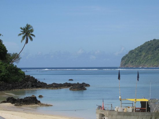 Litia Sini Beach Resort : Lalomanu beach
