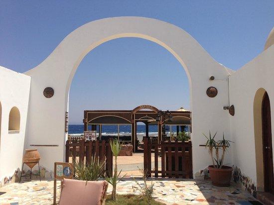 Ghazala Hotel: uscita sulla spiaggia