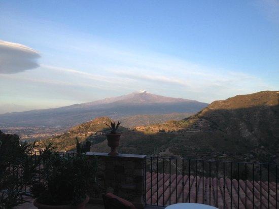 Hotel Villa Sonia : Vu sur l'Etna