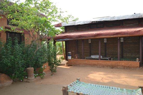 Dongarmatha : Bamboo rooms