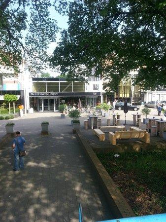 NH Noordwijk Conference Centre Leeuwenhorst: Biergarten und Umfeld