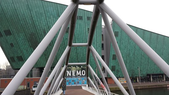 NEMO Science Museum : Front of the building