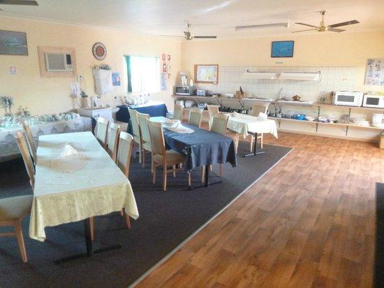 Ningaloo Lodge: Kitchen facilities