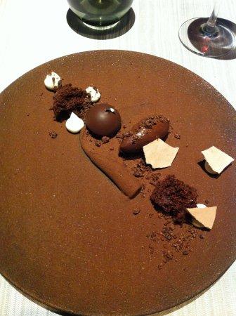 Chapeau Rouge Restaurant William Frachot: Dessert tout chocolat