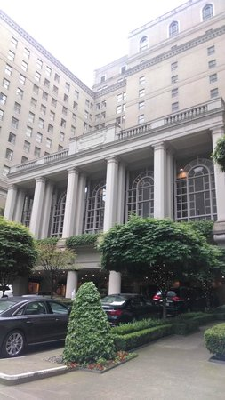 The Fairmont Olympic Seattle: Outside of Hotel