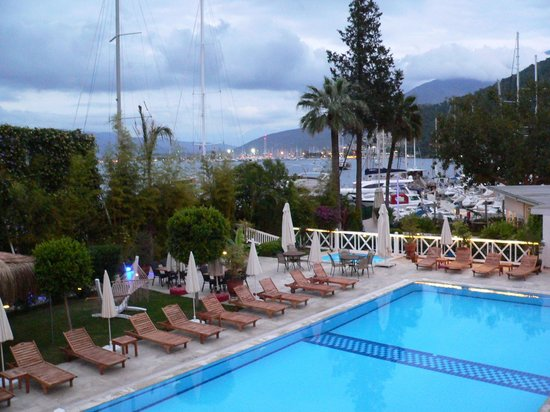 Marina Boutique Fethiye  Hotel: Pool area with restaurant and bar