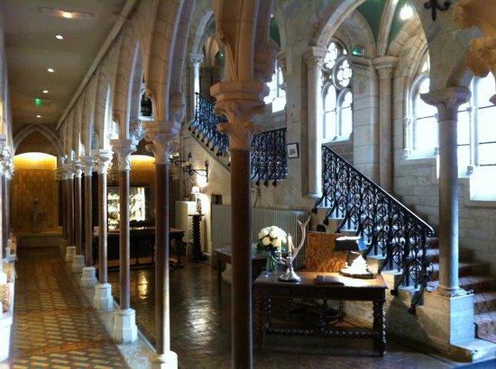 Abbaye de la Bussiere : Entrée