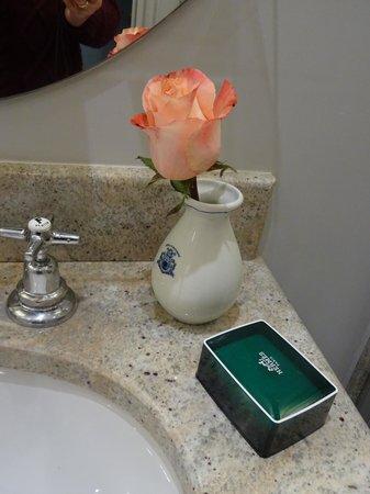 Hotel d'Aubusson: Bathroom