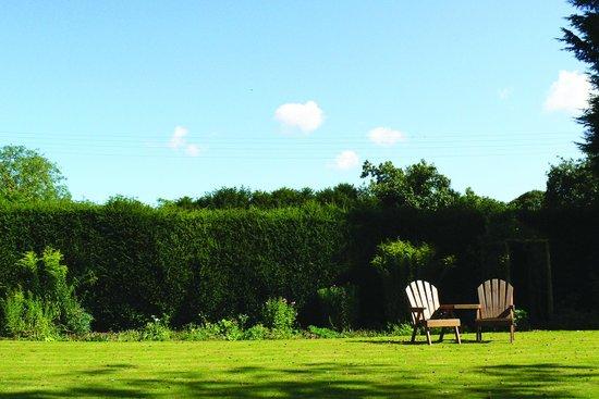 Croxton, UK: Garden