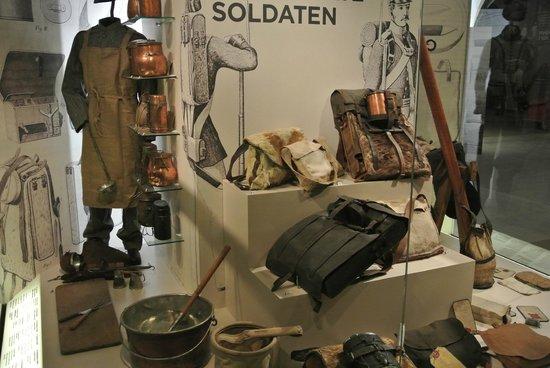 Army Museum: Equipaggiamento soldati