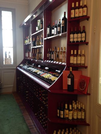 WINE SHOP - Picture of Wine Corner, Bordeaux