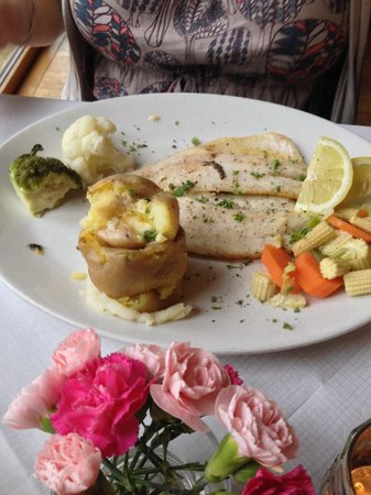 The Shore House: Love there food
