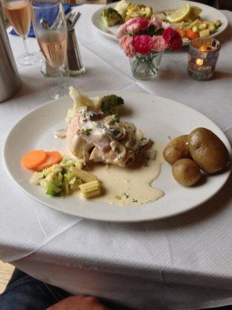 "The Shore House: Chicken and haggis "" Delicious """