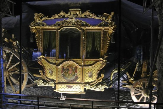 Royal Armory: Carrozza reale