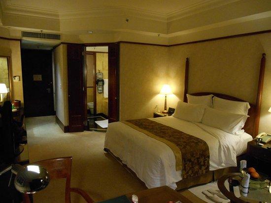 Mandarin Oriental, Kuala Lumpur: 27th Floor Bedroom