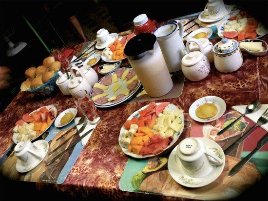 Hostal Vista Park : Breakfast