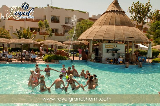 Royal Grand Sharm Hotel: pool