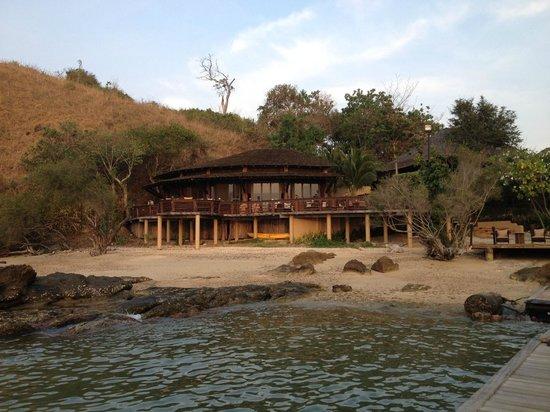 Paradee Resort: the sunset bar