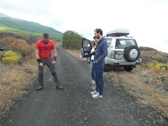 Etna Moving - Excursions & Trekking: Lezione sulla Signora