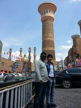 Southern Mosque : At thr Grand Bazzar
