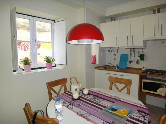 This is Lisbon Hostel : cozinha