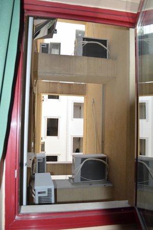 Antik Hotel Istanbul: Gehandicapte kamer: raam uitzicht