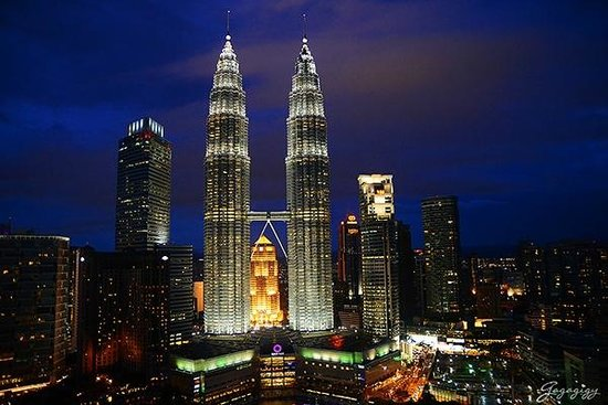Traders Hotel, Kuala Lumpur : วิวตึกแฝดที่มองเห็นจากห้องพัก