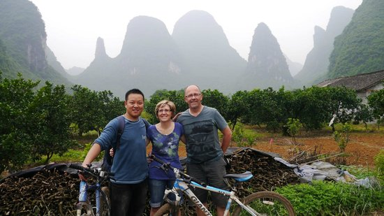 Yangshuo Tea Cozy: Stunning local scenery on our bike ride