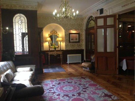 Harcourt Hotel: Hall ingresso