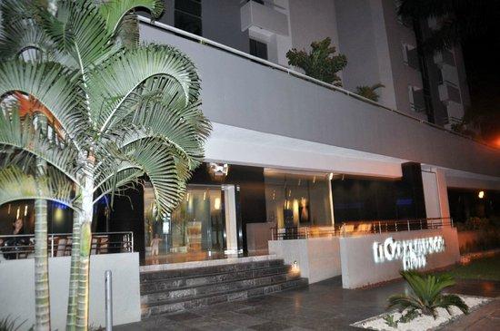 Hotel El Conquistador: Outside