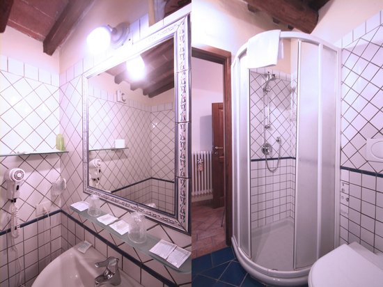 Bagni Per Case Di Campagna : Bagno rose foto di casa di campagna in toscana sovicille