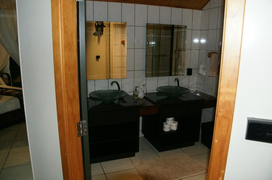 Taveuni Island Resort & Spa : bathroom
