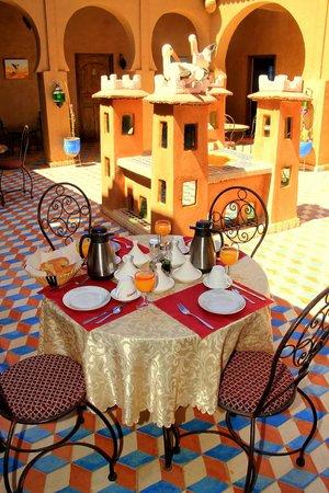 Riad Ouzine: notre petit déjeuner