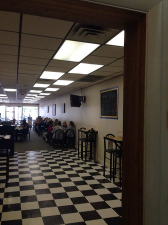 BC Pizza of Mackinaw City: Another school group enjoying the lunch buffet!