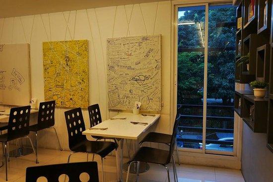 นิมมาน ไหม ดีไซน์ โฮเต็ล: Breakfast room