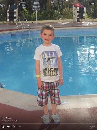 Fiesta Hotel Tanit : evening, big pool