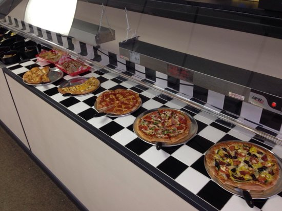 BC Pizza of Mackinaw City: Great pizza and salad buffet!  Best prices in Mack City.