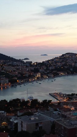 Hotel Adria: Hotel balcony view