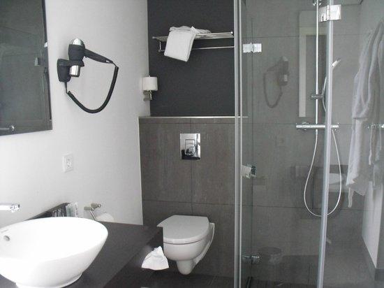 Inntel Hotels Amsterdam Zaandam: Douche