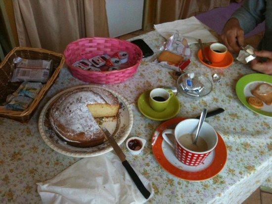 Agriturismo La Fonte: colazione