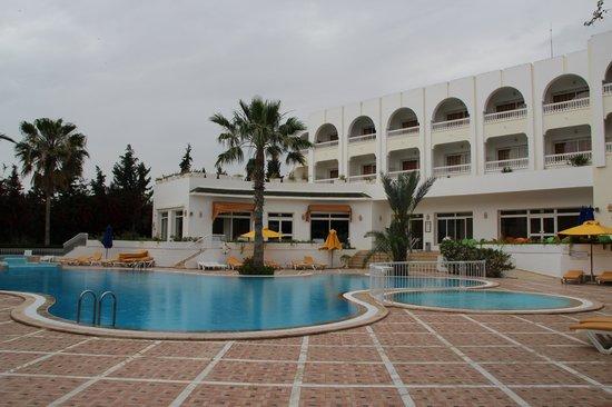 Dessole Le Hammamet Resort: Дальний бассейн