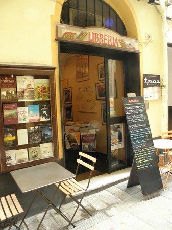 Risultato immagini per osteria IPAZIA Cibi e Libri Via Corradi 64 Sanremo