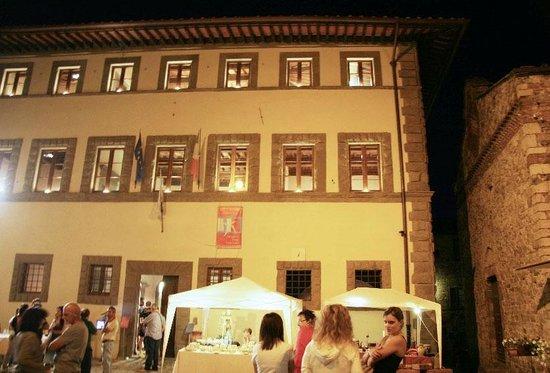 Palazzo Malaspina San Donato in Poggio