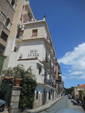 Elios Hotel : Hotel elios van de buitenkant